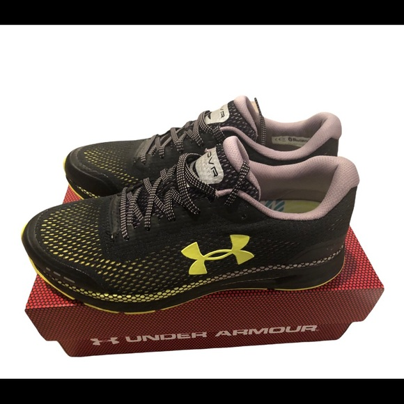 Under Armour HOVR Velociti Trail Running Shoe Black Size 10 New In Box